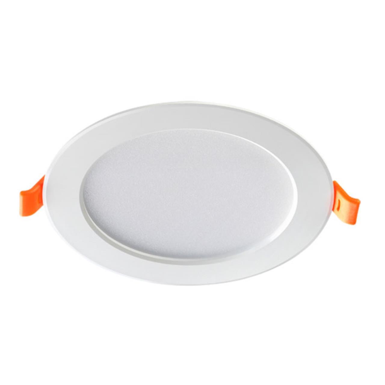 357572 SPOT NT18 079 белый Встраиваемый светильник IP20 LED 3000K 7W 175-265V LUNA
