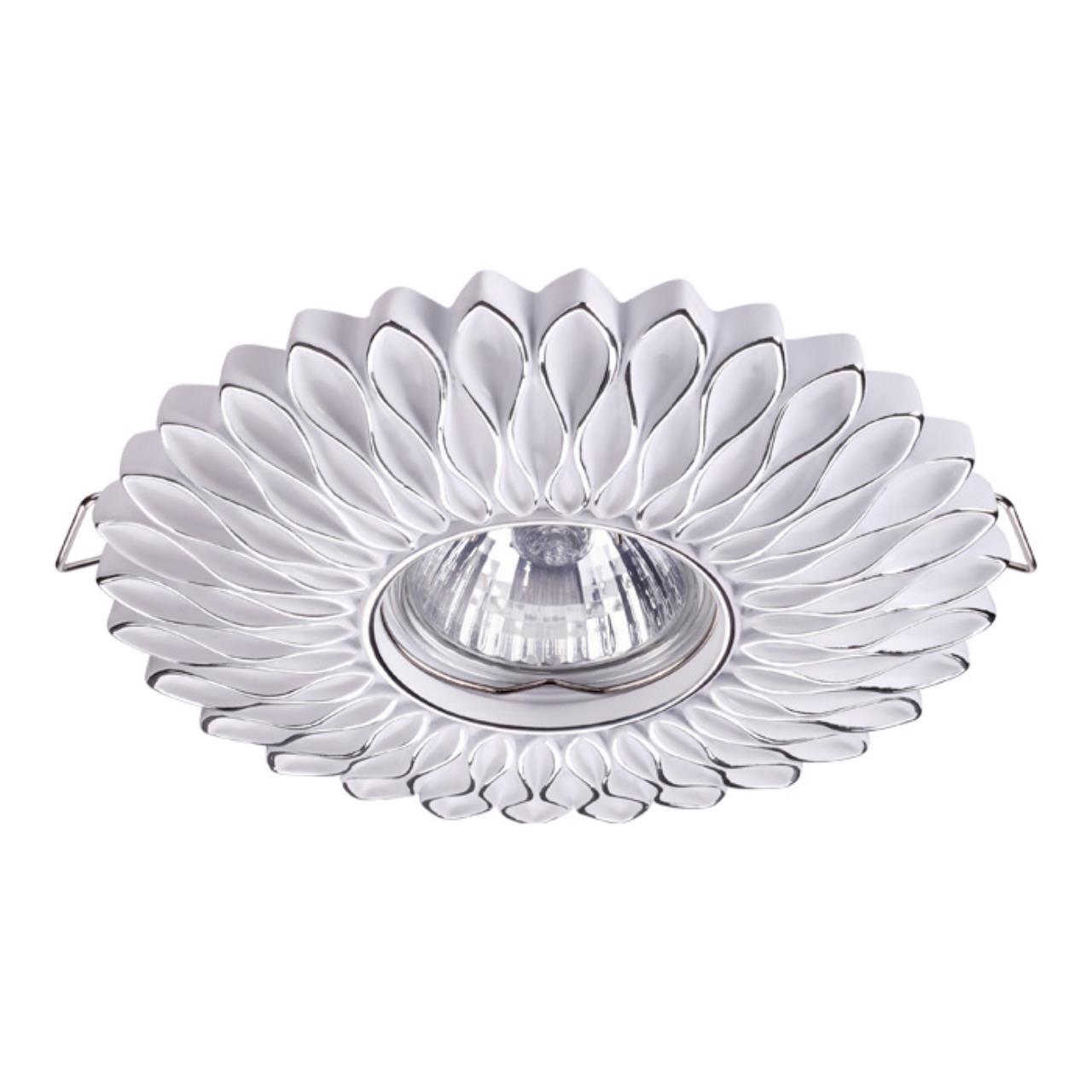 370490 SPOT NT19 115 белый/серебро Встраиваемый светильник IP20 GU10 50W 220V PATTERN